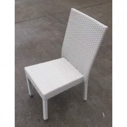 CHAISE DE ROTIN SYNTHETIQUE FUENGIROLA COULEUR BLANC-GRIS